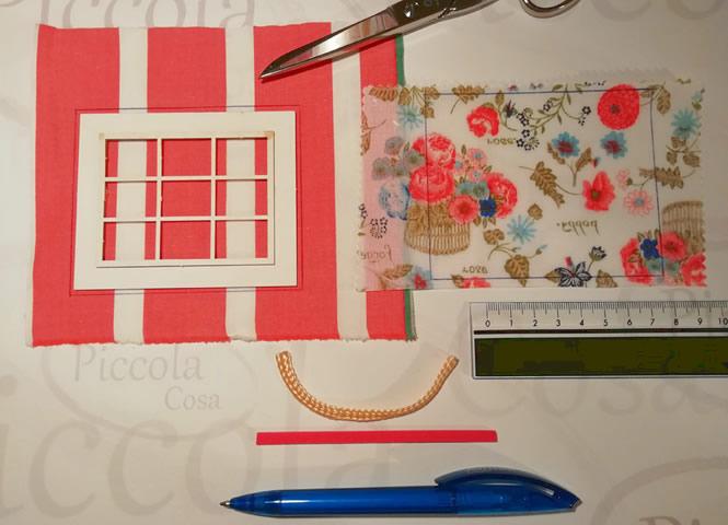 Utilizamos la ventana, para marcar en la tela, el trozo necesario para confeccionar la cortina.